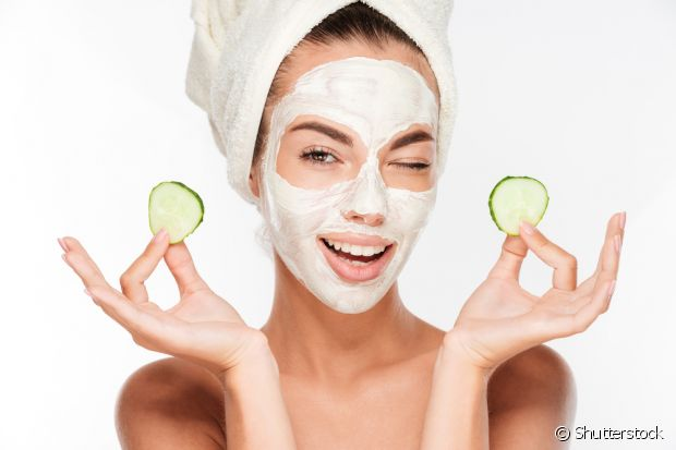 Para estar sempre com a pele lisinha e impecável, é necessário que você beba 2,5 litros de água por dia