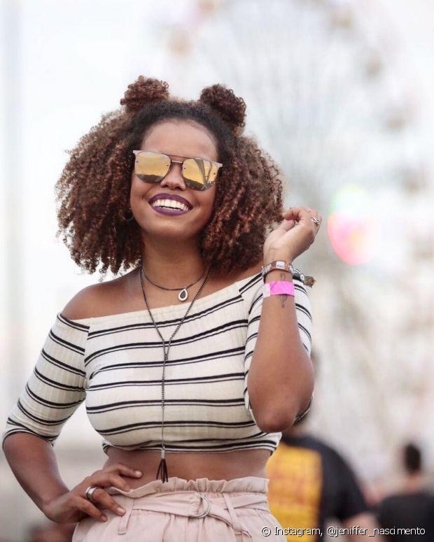 'O cabelo mudou muita coisa em mim, o estilo de me vestir, me deu mais força, e também abriu meus olhos para essas situações de preconceito', disse Jeniffer Nascimento
