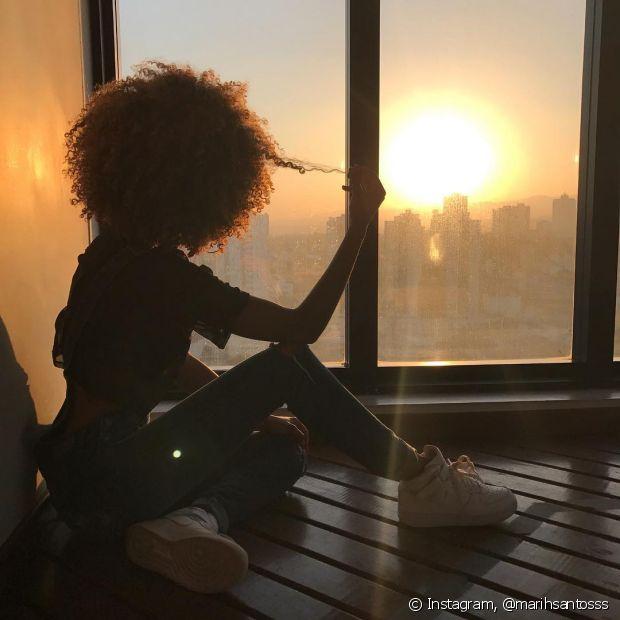 'Eu me orgulho muito da minha cor, do meu cabelo, dos meu traços e meu sonho é viver em um mundo onde não exista preconceito racial e que haja igualdade!', finaliza Marih