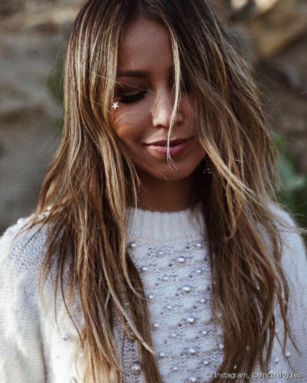 Você pode clarear os cabelos usando ingredientes totalmente naturais