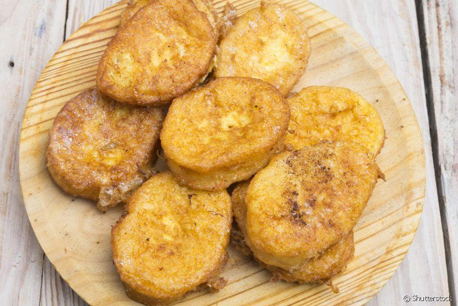 Rabanadas são baguetes temperadas com leite, leite condensado e ovos