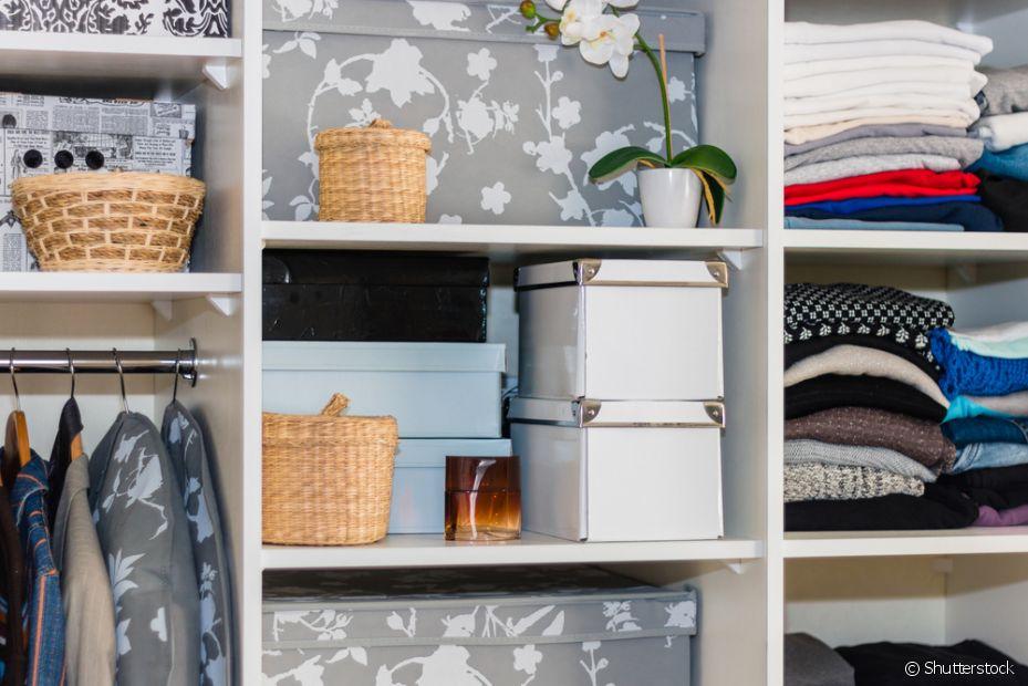 Ser organizada é uma tarefa importante quando se mora sozinha