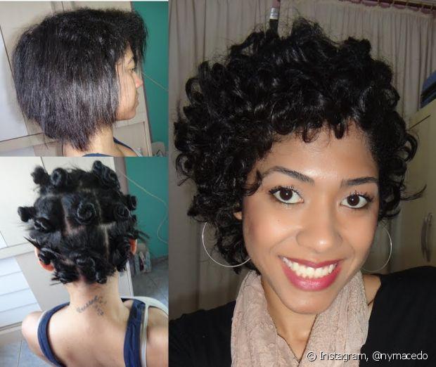 A técnica manual é feita com pequenos coques criados em todo o cabelo e garante um formato mais evidente para os caracóis já existentes