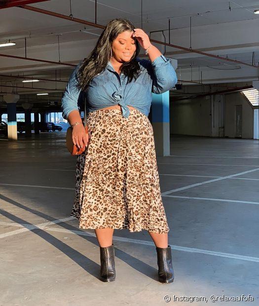 Mel Soares tem um feed recheado de vídeos com dicas de styling e looks poderosos (instagram: @relaxaaifofa)