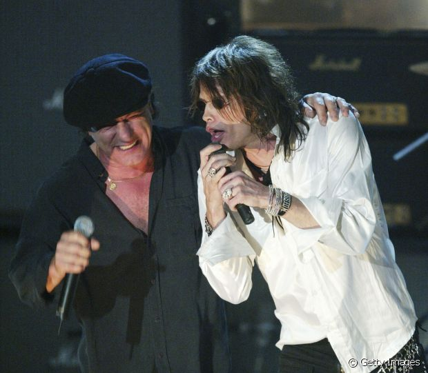 Brian Johnson, vocalista do AC/DC e o líder do Aerosmith, Steven Tyler