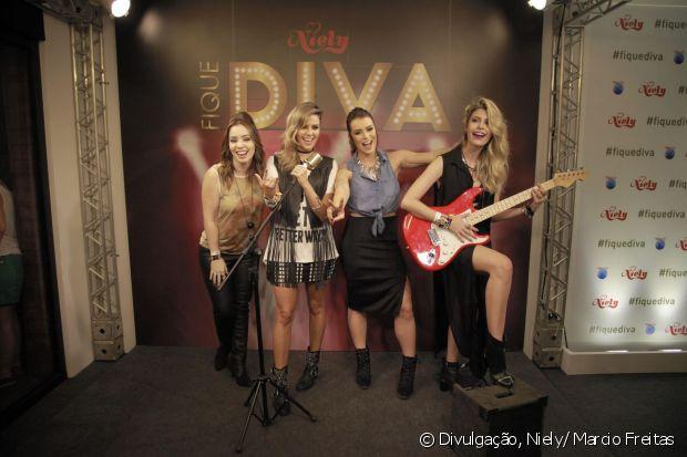 Janaína Carvalho, Renata Uchôa, Mariana Saad e Carolina Tognon fazem suas performances no palco Fique Diva