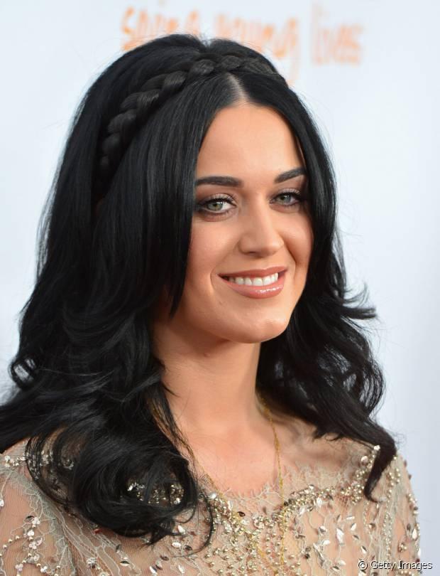 Katy Perry adora apostar em visuais românticos