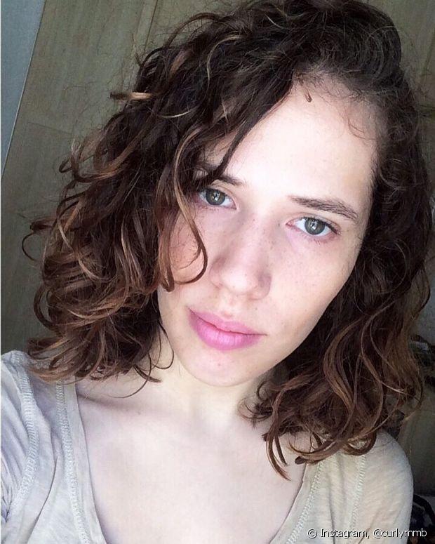 Para cabelos com cachos mais abertos, qualquer comprimento do blunt cut é ideal