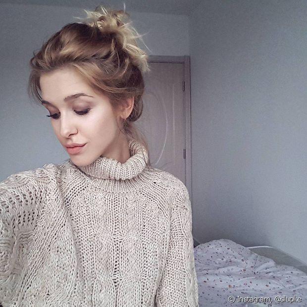 O tricô é uma opção incrível para as roupas de gola alta