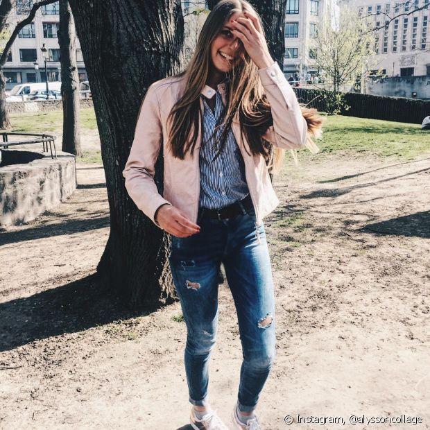 Você pode combinar a camisa social com uma jaqueta, deixando a peça mais aberta ou mais fechada