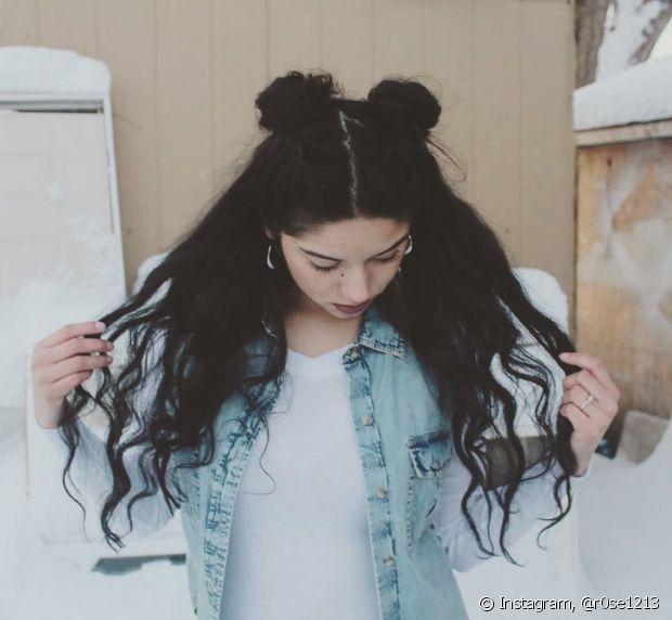 O seu cabelão vai ficar lindo com o semipreso de coque duplo