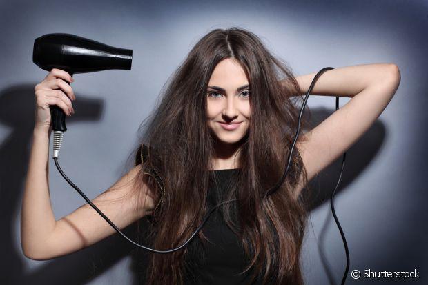 Na hora de comprar o secador de cabelo, cada pessoa precisa escolher o certo para o seu tipo de madeixa