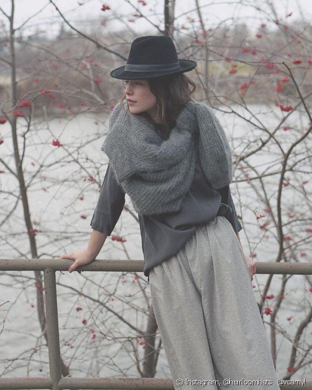 O chapéu é um acessório estiloso e que vai te manter quentinha