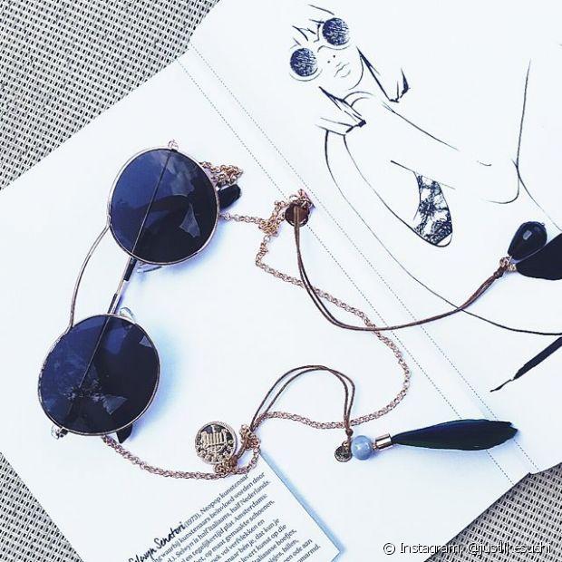 Você pode transformar os seus óculos com várias cordinhas diferentes