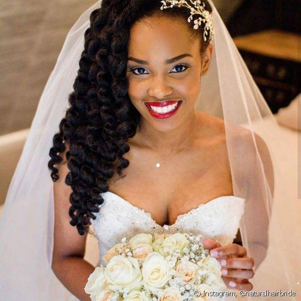 Na hora de escolher o penteado para o casamento é importante considerar todas as variáveis para não se arrepender depois