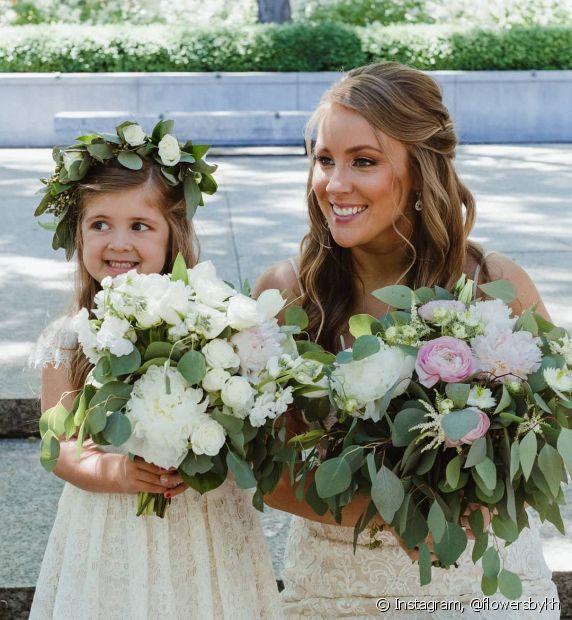 O estilo semipreso funciona bem tanto para as noivas quanto para as daminhas