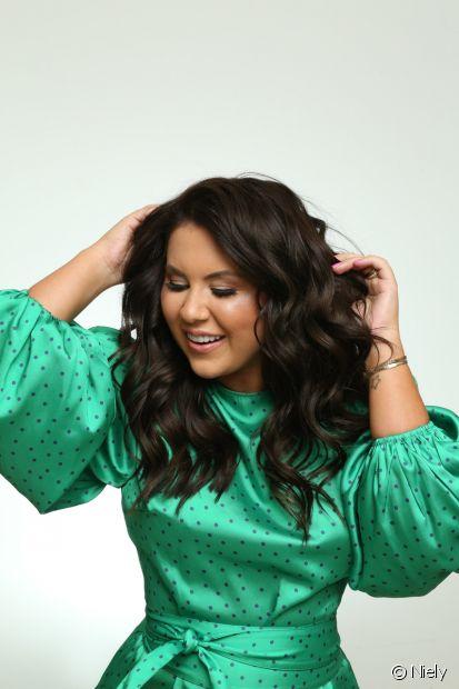 A diva Natália Toscano também acredita que a nova cor de cabelo vai valorizar os seus looks (Foto: Niely)