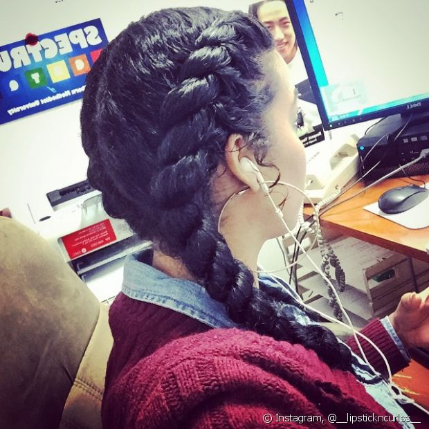 Tranças embutidas são sempre lindas, seja feita para trás ou na lateral do cabelo