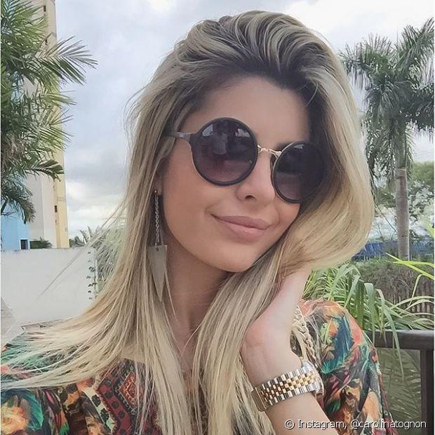 Toda mulher que é apaixonada por colorir o cabelo sofre com o mesmo problema: o desbotamento!