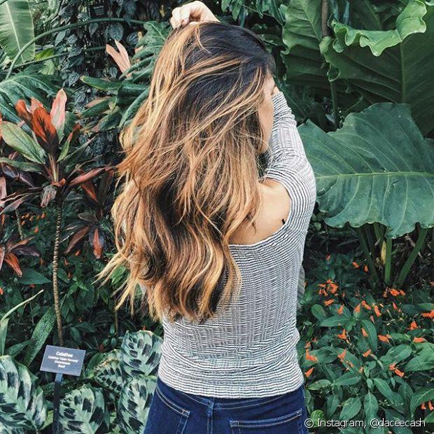 Deixar o cabelo crescer é um grande desafio. Além da espera ser demorada, o cabelo longo precisa de cuidados mais intensos do que os médios e curtos