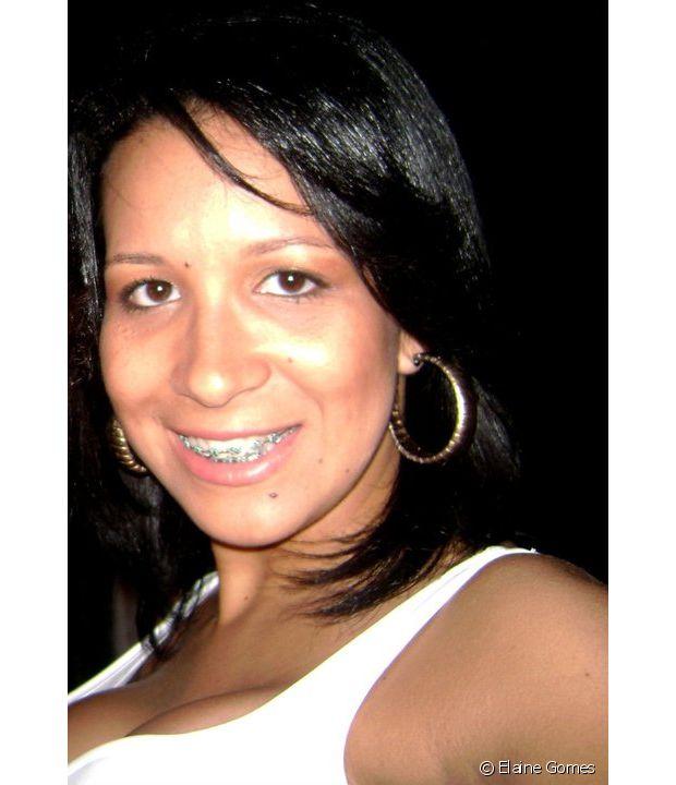 Elaine Gomes usou guanidina, henna e muitas outras químicas para manter os cabelos lisos antes de fazer o Big Chop