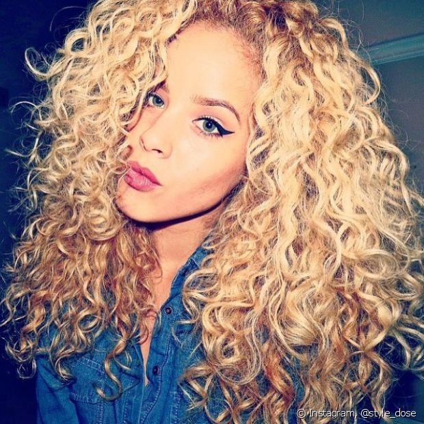 Só de ver o brilho do cabelo dessa loira diva que é a @style_dose já dá vontade de seguir no Instagram