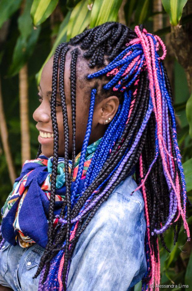 Carmen Lúcia lava suas box braids duas vezes por semana e troca as trancinhas uma vez por mês