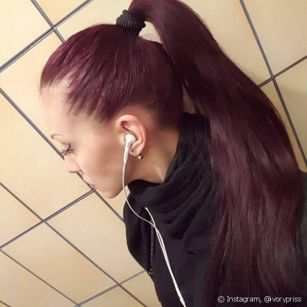 Se seu cabelo for loiro, é essencial que você faça a coloração com a ajuda de um profissional