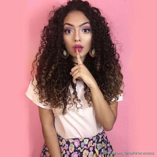 Mathira Menezes se inspirou na boneca Barbie na hora de montar seu look de Carnaval