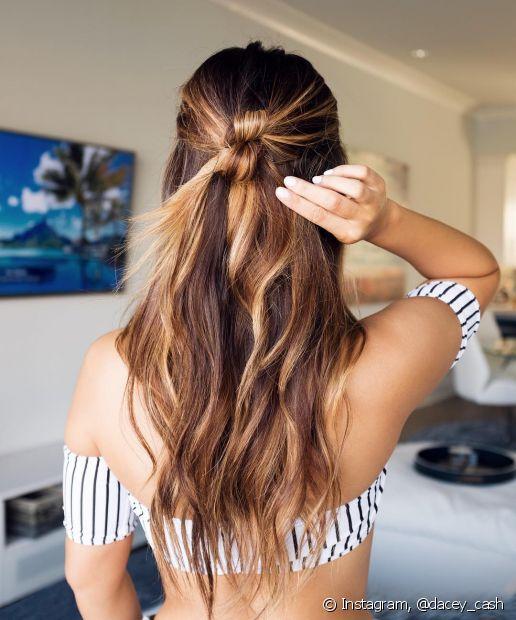 Se você fez um ombré hair, aposte nos penteados para valorizar suas mechas mais claras