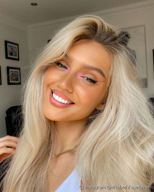 Os cabelos lisos é mais conhecido apenas como tipo 1, sem subdivisões (Instagram @elizabethkayeturner)
