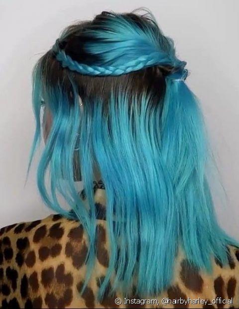 O azul turquesa é ideal para quem quer um visual sereia