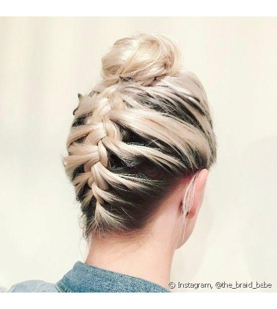 A trança invertida pode ser uma opção de penteado para festas, casamentos e até mesmo para ir à faculdade ou trabalhar (Foto: Instagram, @the_braid_babe