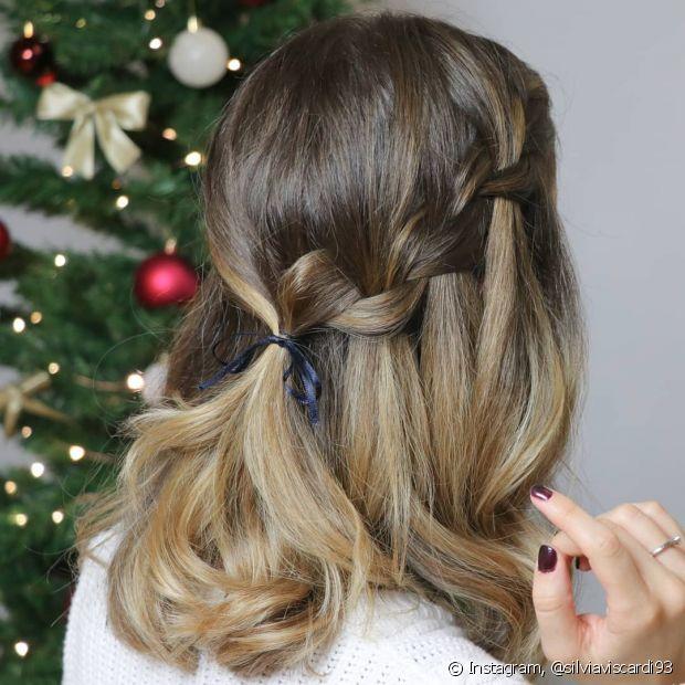 Penteado pode ser usado em diferentes ocasiões, desde eventos mais sofisticados até ocasiões básicas do dia a dia