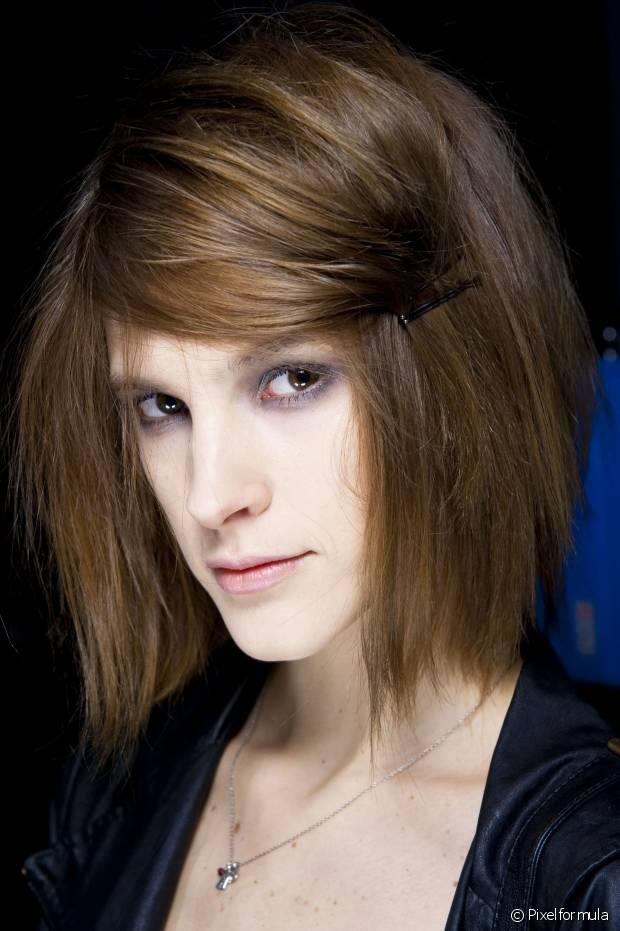 O tonalizante é uma coloração sem amônia, portanto, não agride seus cabelos