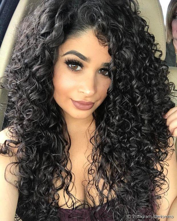 Os cabelos também precisam de cuidados, em especial muita hidratação