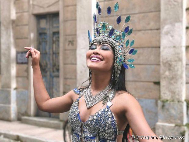 Thaynara OG quer aproveitar as dicas da maquiadora Letícia de Paula para brilhar muito no Carnaval
