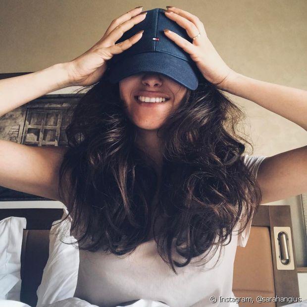 Se a intenção é diminuir o volume dos cabelos, invista em camadas mais espaçadas
