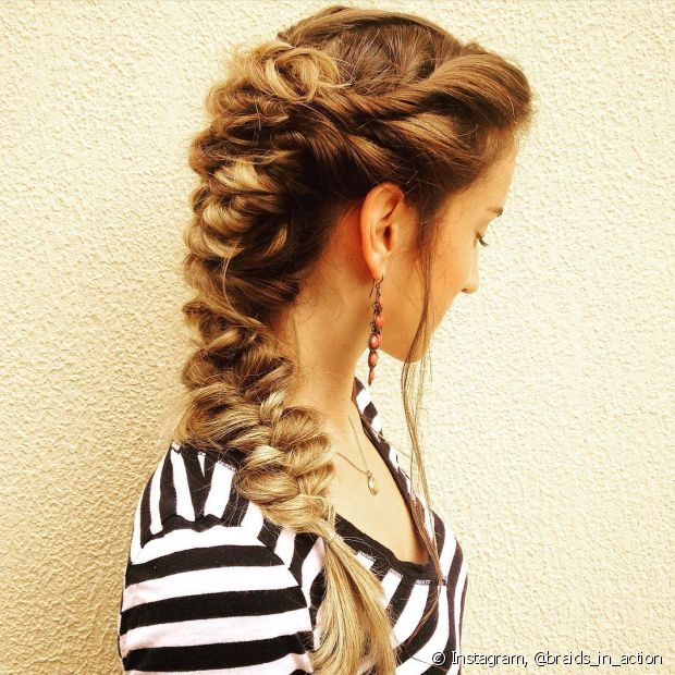 Valorize os seus cabelos com a trança embutida