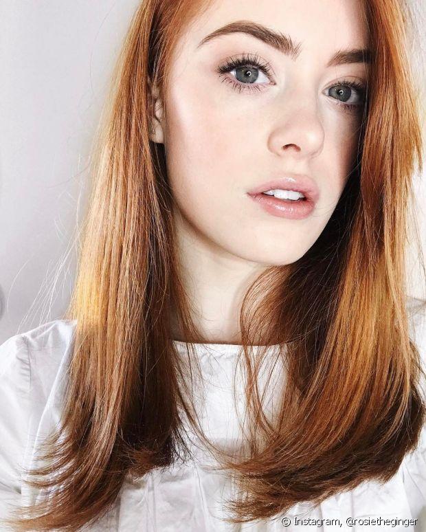 Os cuidados com os cabelos ruivos dependem do estado das madeixas, sejam elas lisas, crespas, cacheadas, finas ou grossas
