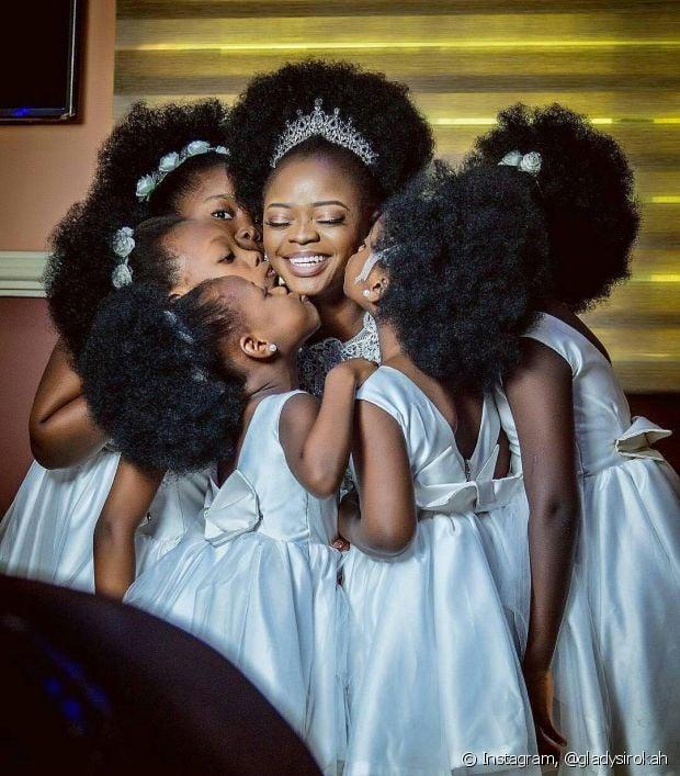 Assumir seu cabelo natural no dia do casamento é um ato de empoderamento