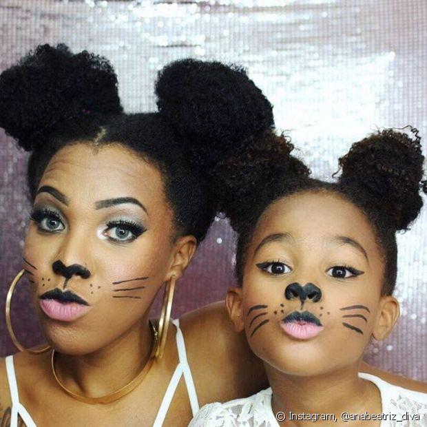 A Diva do Black contou que adora fazer receitas caseiras no cabelo da filha