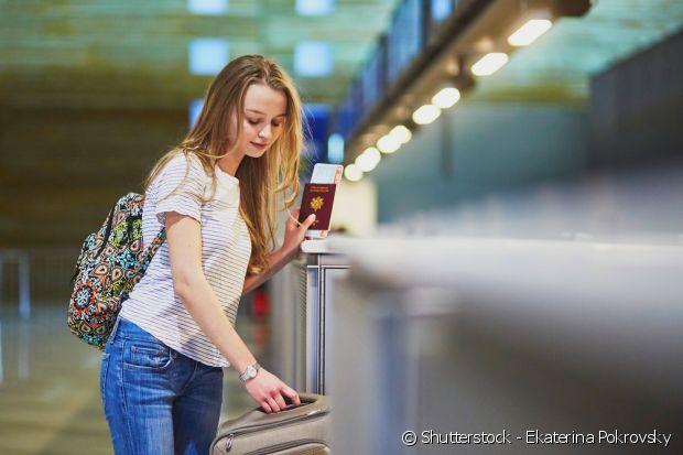 Se ligue nos documentos necessários para a sua viagem. Alguns países pedem passaporte, já outros você precisa ter um visto epecífico