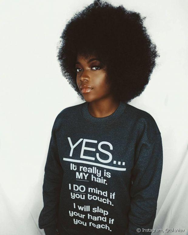 O volume é o charme dos penteados no cabelo crespo!