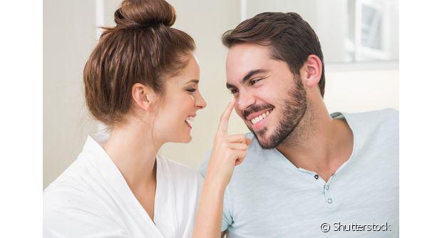 No dia dos namorados, não precisa se preocupar com presente caro. Um café da manhã a dois, por exemplo, pode ser bem romântico